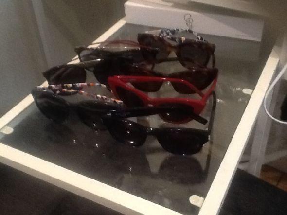 b0449438222c Солнечные очки пол цены 3 пары, ---saint laurent (1200st) 2 pary----- fendi  ( 900st) carrera----( 600 kr) gucci------( 800kr)